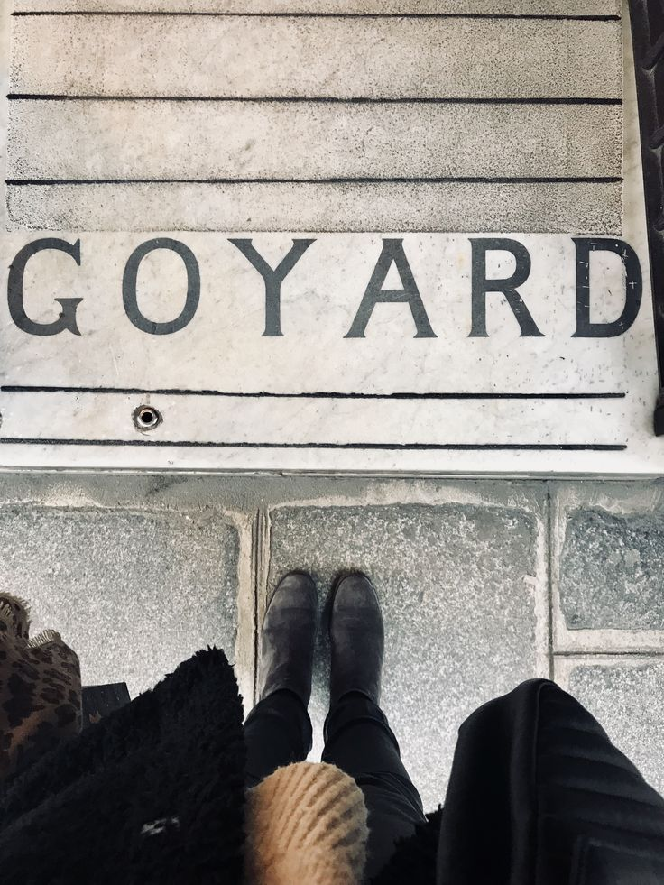 Goyard . Paris .