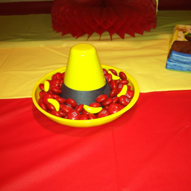 Curious George party decorations.