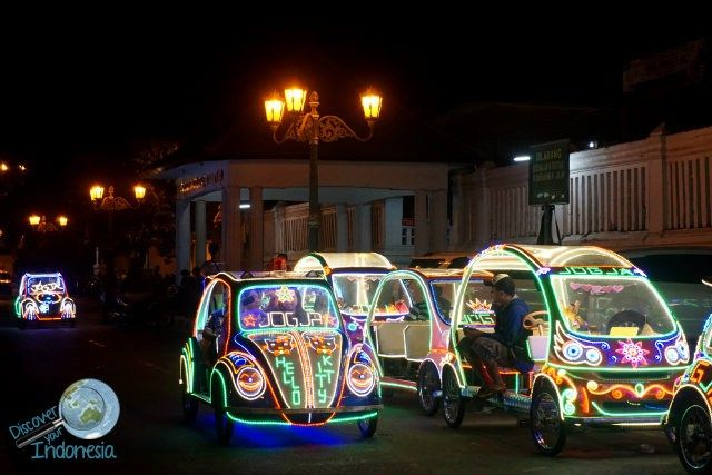 things to do in Yogyakarta alkid at night
