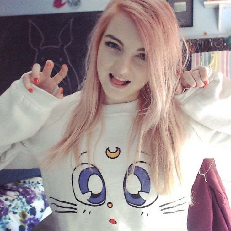 LDShadowLady, is a YouTube video game commentator who mainly plays Minecraft. LDShadowLady plays quite a variety of games, some of them are Minecraft, Prop Hunt, and Call of Duty. LDShadowLady is known for Shado