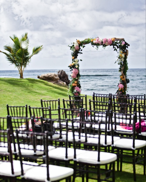 Hawaiian Wedding Altar: 42 Best Wedding Flowers Images On Pinterest