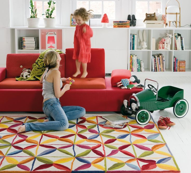 #excll #дизайнинтерьера #решения Именно Nanimarquina одной из первых ввела моду на трехмерные ковры — нечто среднее между диваном и ковром.