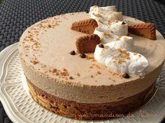 entremet avec craquant speculoos, mousse au chocolat et mousse aux speculoos Livre de recettes : http://www.pateacuisiner.com/livres-desserts/ #recette #dessert