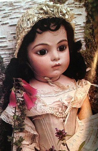 Bru doll