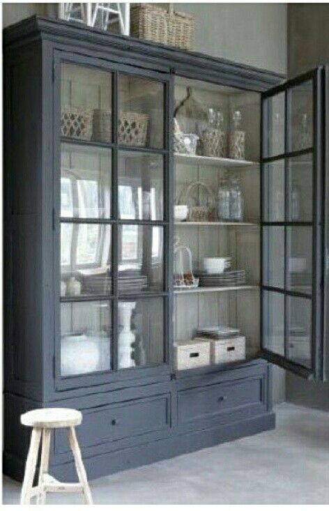 Beautiful grey cupboard with cream painted inside. Would love to do this.