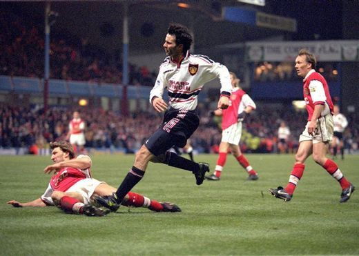 [Video] Happy birthday, Ryan... the Welsh wizard's top 10 goals for Manchester United   Ryan Giggs   Manchester United & Wales   RyanGiggs.cc   V3.0