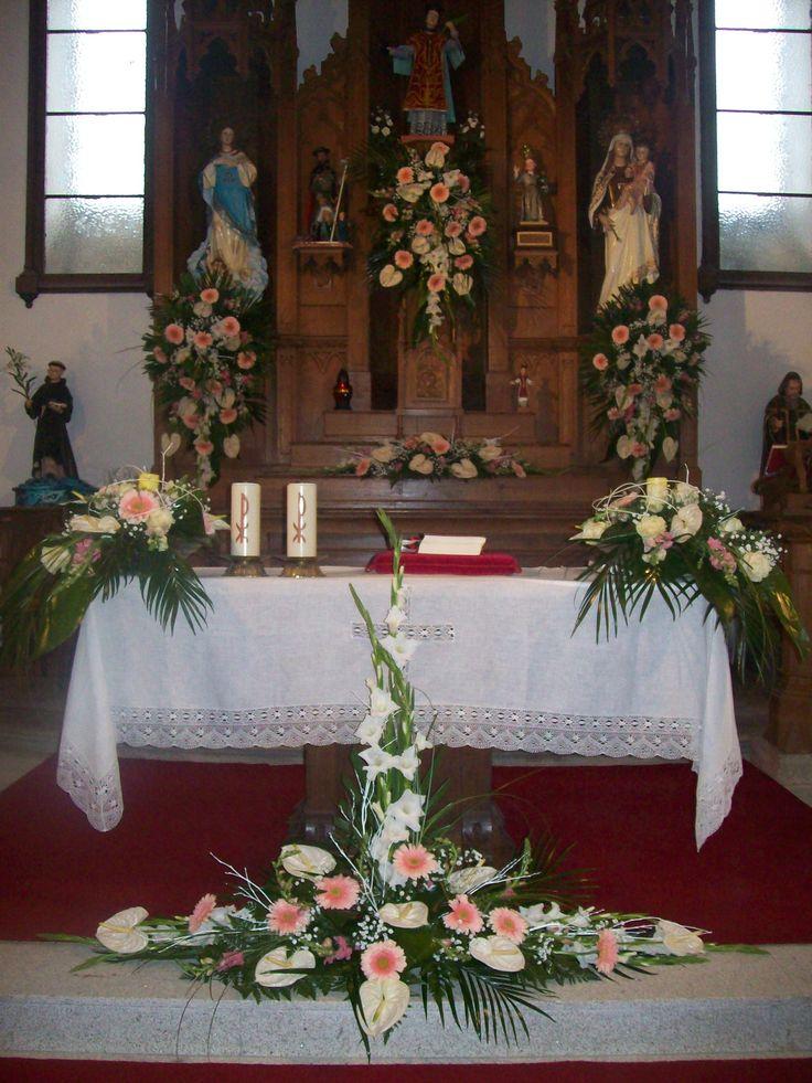Arreglo iglesia de O Xardín Arte floral