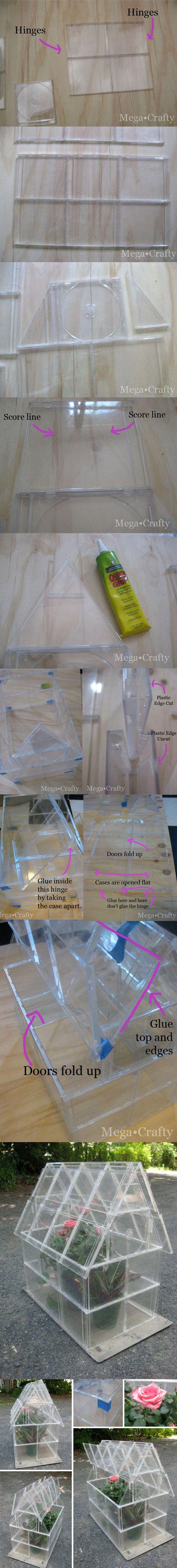Pequeño invernadero con cajas de CD / http://www.megacrafty.com/