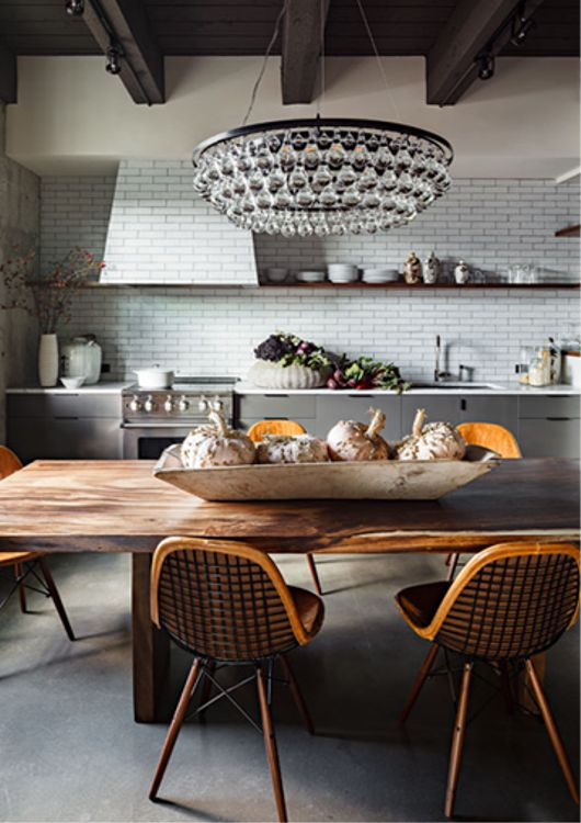 Kitchen-Ochre Chandelier  http://www.fabulishliving.blogspot.ca/2013/03/portland-loft.html