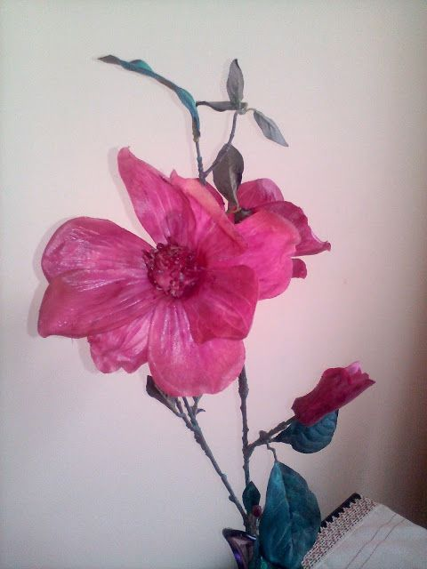 AN ARTIFICIAL FLOWER PAINTING | peace&room-en