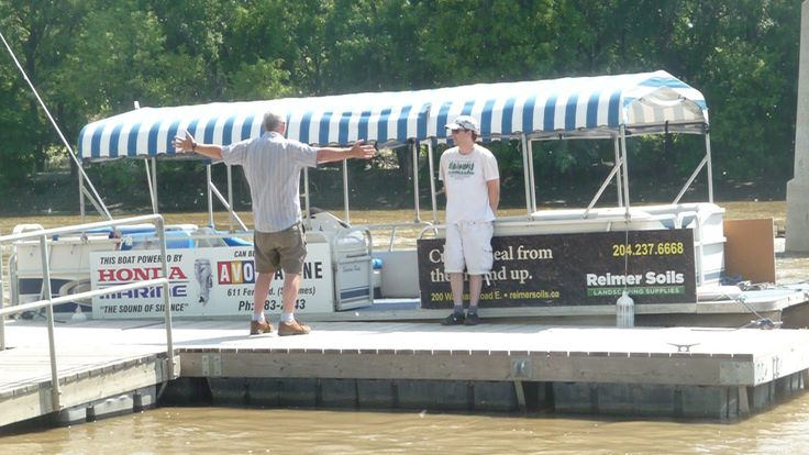 Splash Dash Water Tour bus on Assiniboine River