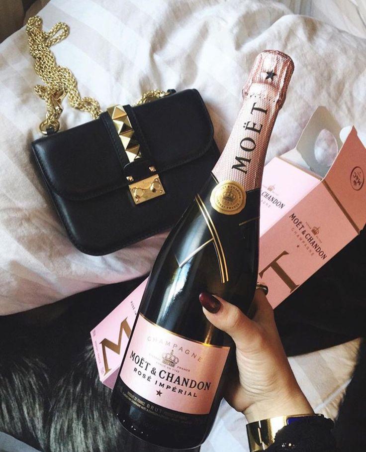 Mademoiselle Vuitton : Photo