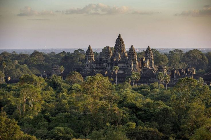 Temple d'Angkor Vat, Cambodge                                                                                                                                                      Plus