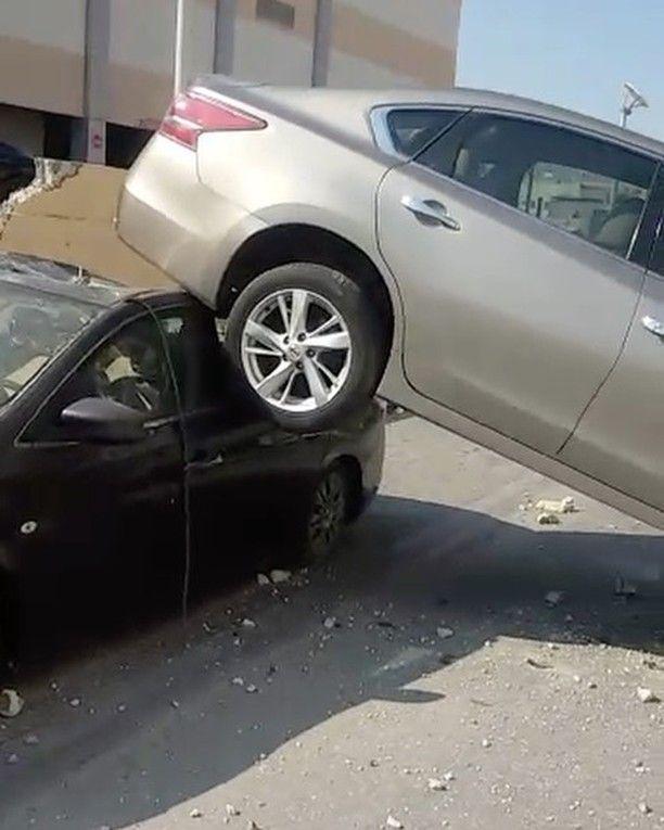 اضغط على اللايك دعما لنا البحرين بالفيديو سقوط سيارة على أخرى في مواقف السيارات بمجمع الواحة سقطت سيارة على سيارة أخرى من مواقف ال Car Suv Vehicles