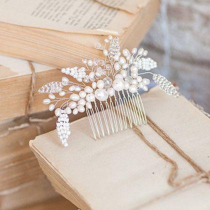 Свадебные украшения ручной работы. Ярмарка Мастеров - ручная работа. Купить Гребень свадебный. Handmade. Белый, гребень, гребень для волос