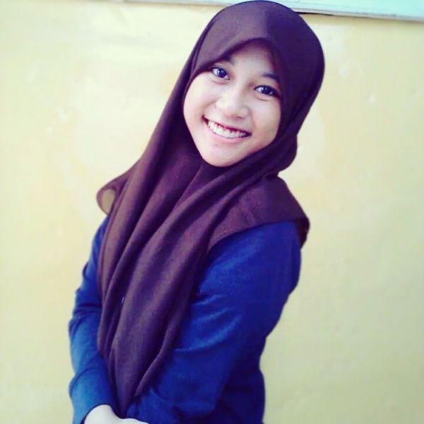 simple hijab, indonesia bingiit dah kalo selfie