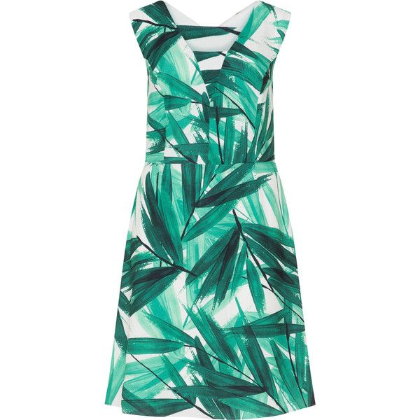 Studio 8 Green / Cream Plus Size Tropical print crêpe dress (€115) ❤ liked on Polyvore featuring dresses, green, plus size, plus size dresses, plus size v neck dress, plus size knee length dresses, plus size day dresses and green v neck dress