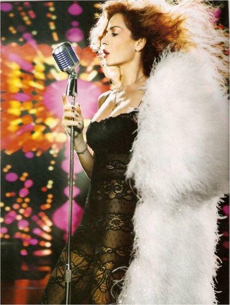 Celebrity (Ιανουάριος) - Anna Vissi Live