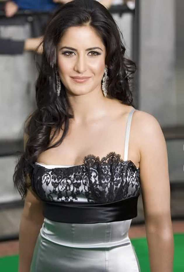 #KatrinaKaif To Join The Elite #Bollywood Stars At Madame Tussauds
