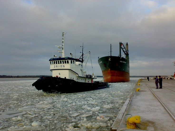 "Tug boat ""Orion"" - Port of Kokkola, Finland - photo Luis Suarez"