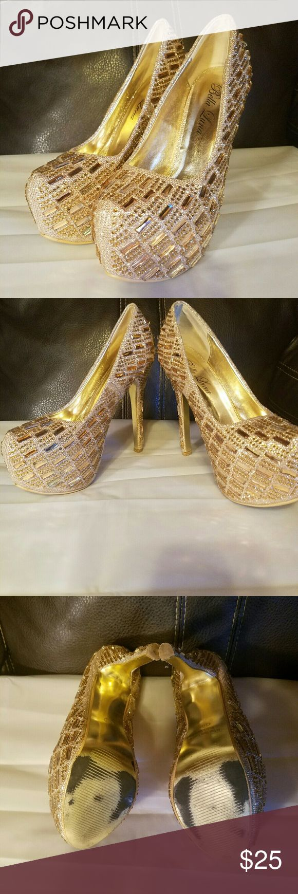 Bella luna heels Womens bella luna heels good condition looks like 2 stones missing in back of left heel as seen in photo these are used in good condition as is with no box bella luna  Shoes Heels
