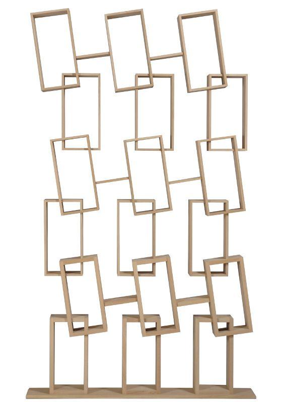 Design boekenkast KAO triple van 100% massief eikenhout handgemaakt. Door een drievoud van drie KAO single crëert men een kast waar je altijd plek hebt voor je (kunst)voorwerpen of boeken.