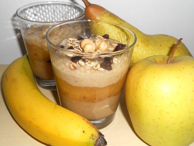 Frullato di frutta con cioccolato e fiocchi d'avena