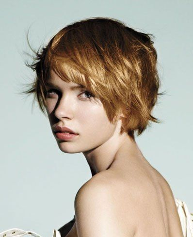 http://christin53.hubpages.com/hub/Fashionable-Short-Hairstyles-For-Women