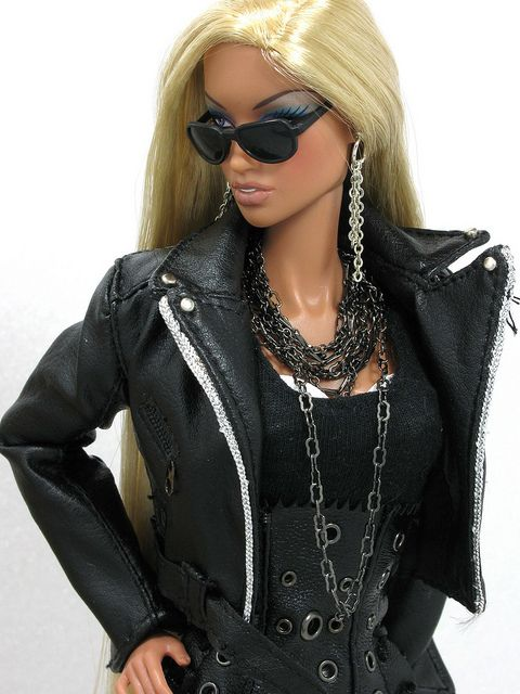 If you really want to catch your dreams... You have to cause it!  http://www.barbiegamesworld.com/