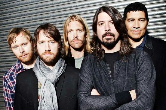 #THEFOOFIGHTERS  The #FooFighters will headline #Glastonbury 2015 this year.   The group used their video acceptance for Best International Band at the #NMEAwards overnight to make the announcement.   #DaveGrohl spoke to camera to confirm they'll be playing, with organiser #EmilyEavis saying they'll be taking to the stage on the Friday night.  Posted on: Thursday 19th February 2015, 08:07 AM  Source: CI4TKS™ - The Ticket Search Engine! www.EntertaimmentNe.ws   Author: Click It 4 Tickets…
