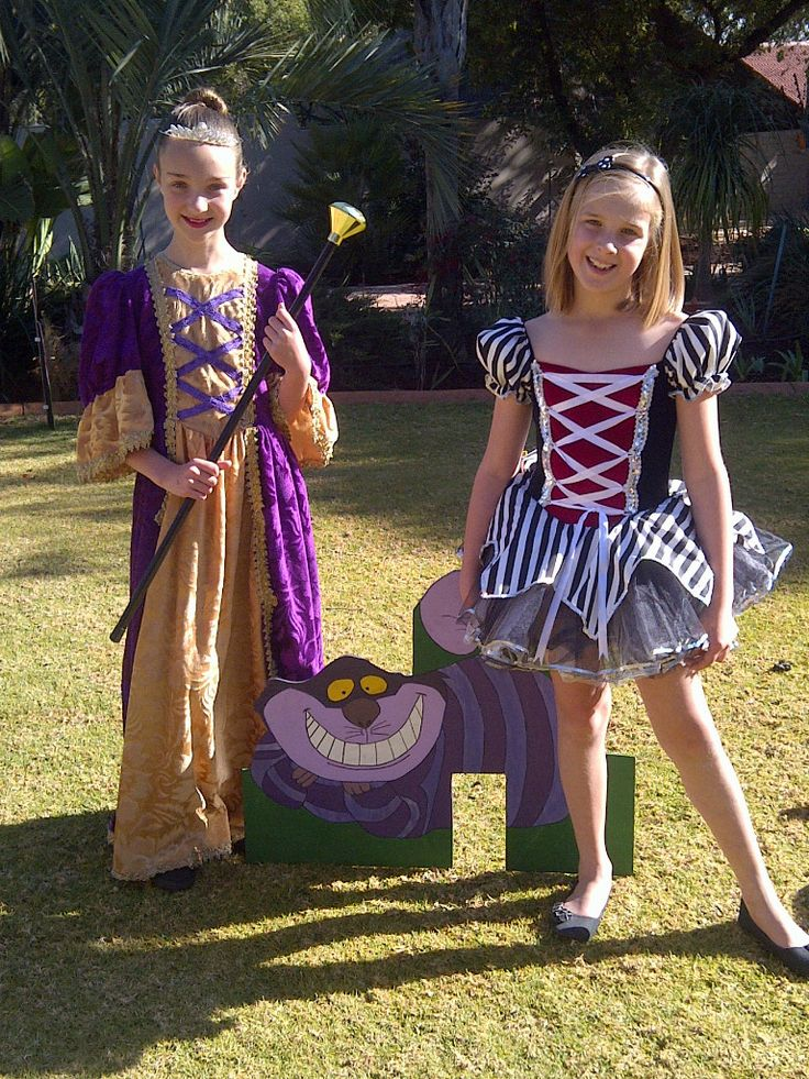 Alice in Wonderland outfits for kids