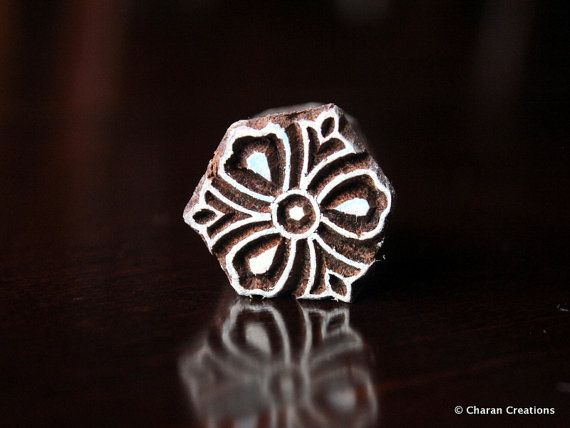 Soap stamp, ceramic stamp, textile stamp, Indian wooden stamp, Tjaps-Tiny stylized flower   – Paisley