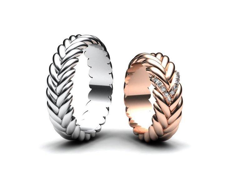Dnes bych se s vámi chtěl podělit o nové snubní prsteny, které jsou v kombinaci bílého a růžového zlata. V dámském prstenu jsou zasazeny menší diamanty.   Již brzy budeme přidávat novou řadu snubních prstenů na naše stránky www.korbicka.com