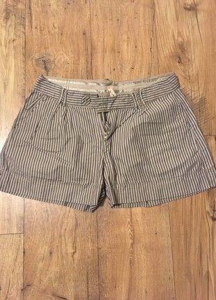 À vendre sur #vintedfrance ! http://www.vinted.fr/mode-femmes/shorts-taille-haute/52286339-short-pepe-jeans