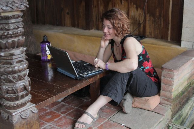 Inspiration and practical - interviews with 21 different digital nomads.