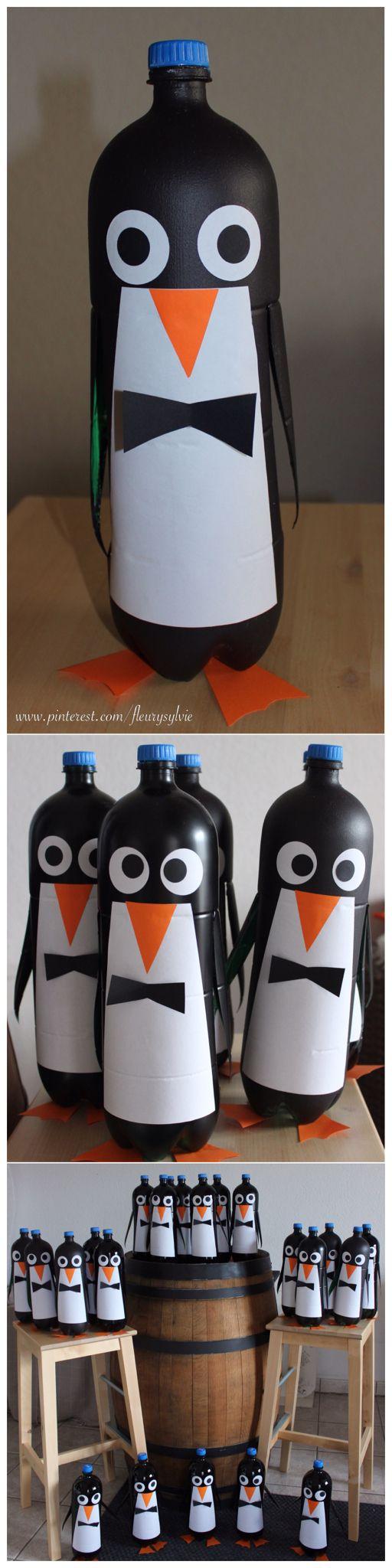 Pingouins rigolos avec bouteilles PET 2L. Extrait d'une déco de vitrine…