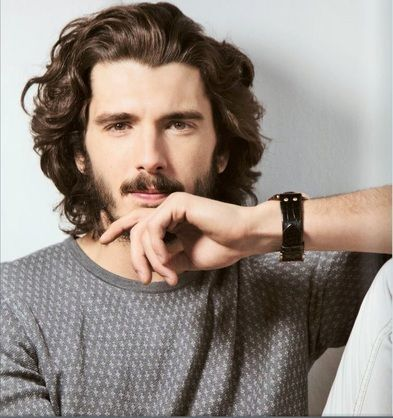 Yon Gonzalez, and that hair!