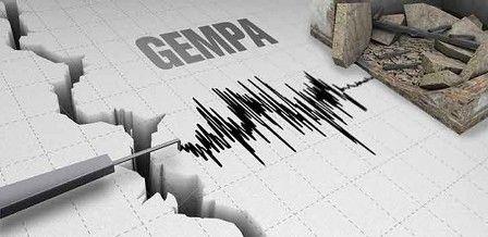 "Gempa 4,5 SR Guncang TTU, Masyarakat Diminta Ikuti Arahan BPBD https://malangtoday.net/wp-content/uploads/2017/03/gempa.jpg MALANGTODAY.NET –Badan Meteorologi Klimatologi dan Geofisika (BMKG) Kupang melaporkan telah terjadi gempa bumi magnitudo berkekuatan 4.5 Skala Richter (SR) di Kabupaten Timor Tengah Utara (TTU), Nusa Tenggara Timur. ""Gempa pada Sabtu itu terjadi pada pukul 10.05.33 WITA,"" kata Kepala... https://malangtoday.net/flash/nasional/gempa-45-sr-g"