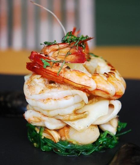 1682 fantastiche immagini su amazing appetizers su for Shrimp canape ideas