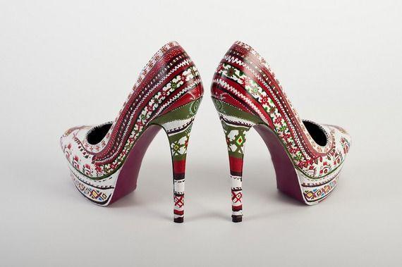 idées sur le thème Chaussures Peintes sur Pinterest  Chaussures ...