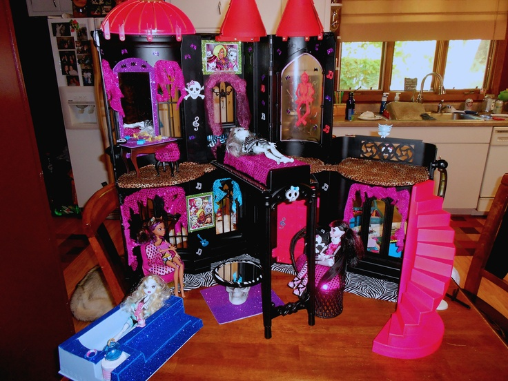 Someone Made From An Old Barbie Castle Alexis Monster