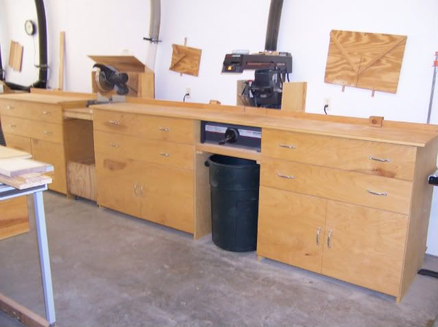 new yankee workshop radial arm saw. i just purchased a craftsman radial arm saw model # the does work, but it is sitting on metal cabinet with wheels. since have never owned new yankee workshop