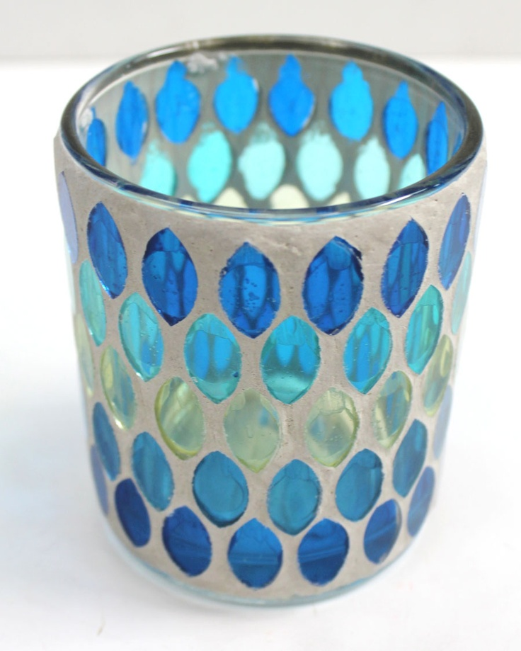 Small Mosaic Candle Holder ~ This looks do-able