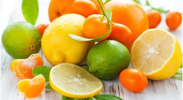 http://www.wellnessbin.com/6-types-of-foods-for-clear-skin/