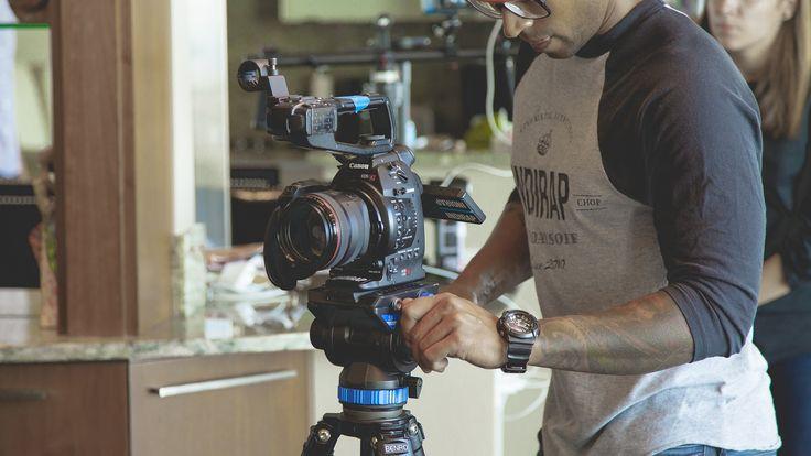Se você curte o mundo do cinema, uma ideia interessante é ficar atento a transmissões de filmes gratuitos online.
