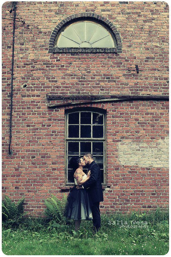 by Salla Vesa # photography portrait wedding bridal love couple posing wall window // salla.vesa (a) gmail.com /// www.facebook.com/sallavesaphotography   // https://www.instagram.com/sallavesaphoto/ hääkuvaaja lahti hääkuvaaja hollola