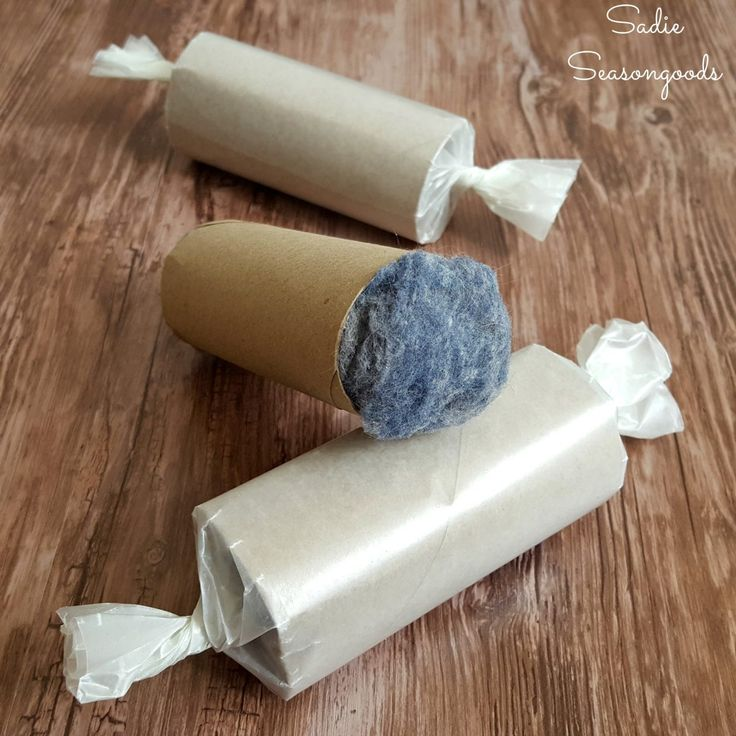 nearly_free_fire_starter_from_toilet_paper_cardboard_tube_dryer_lint_and_wax_paper_by_sadie_seasongoods-1