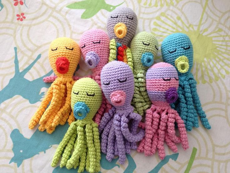 Spruttegruppen - Hækl / strik en sprutte til for tidligt fødte (Crochet / knit a squid for premature)