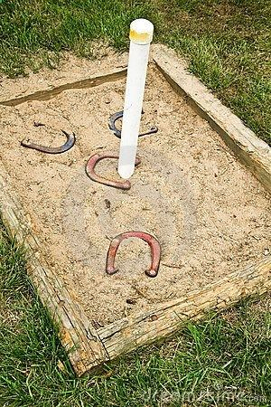 how to build a horseshoe pit backstop