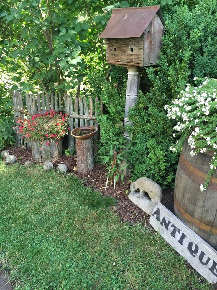 25 best ideas about primitive garden decor on pinterest for Country garden design ideas